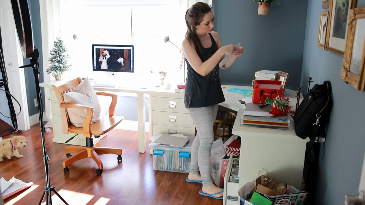 CLEANING MOTIVATION! CLEAN MY HOME OFFICE AFTER CHRISTMAS WITH ME!